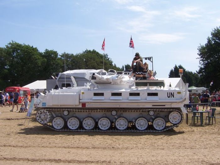 Her's What A Wedding Limousine Tank Looks Like