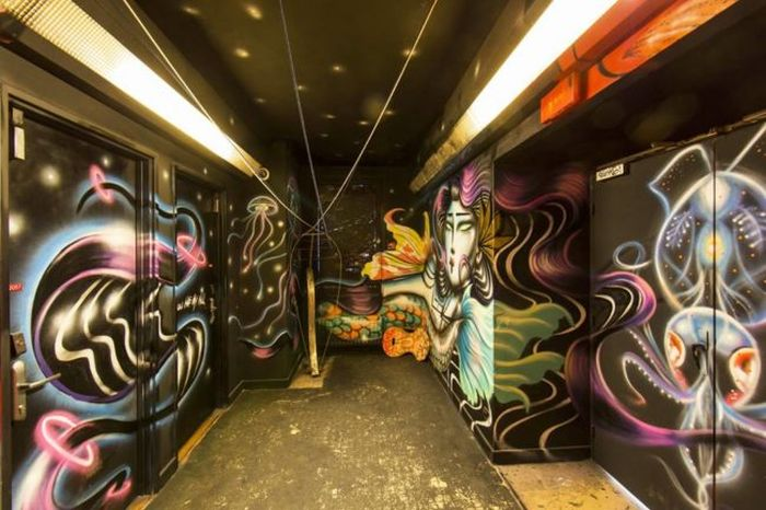 Graffiti Artists Do Something Incredible With College Dorm
