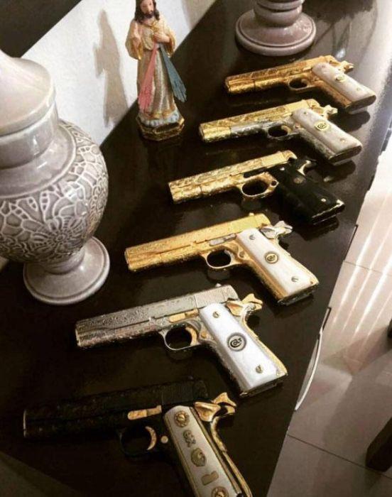 El Chapo's Kingpin Flaunts His Wealth On Instagram