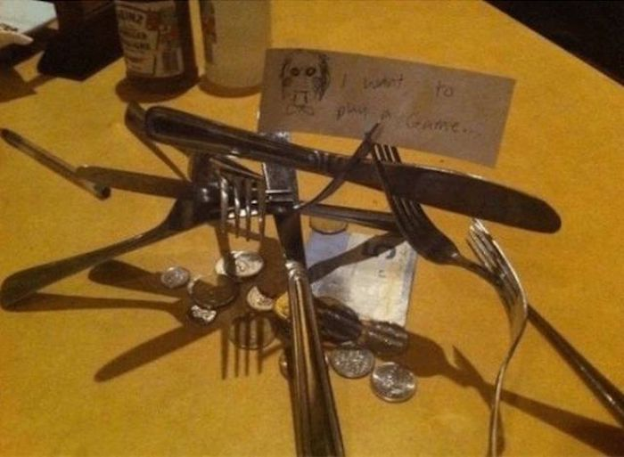 People Who Found Creative Ways To Tip Their Server