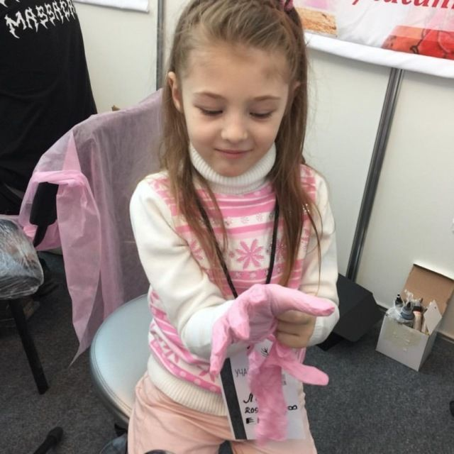Seven Year Old Tattoo Artist Shows Off Her Work