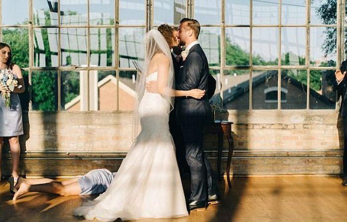 Hilarious Photos Show Women Who Weren't Afraid To Outshine The Bride