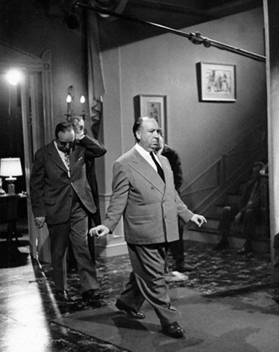 Awesome Behind The Scenes Shots From Alfred Hitchcock Sets
