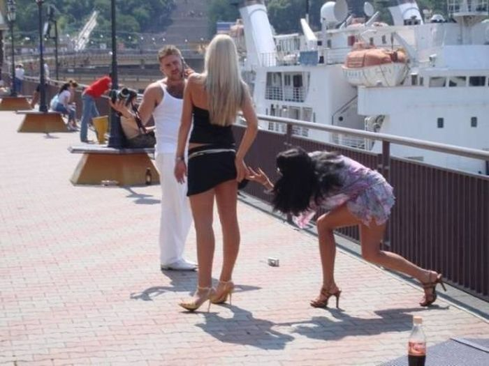 Girls Who Found Impressive Ways To Fail