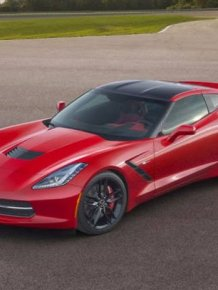 This 2015 Chevy Corvette Is Up For Auction