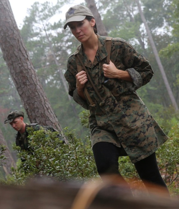 Military Wives See How Their Husbands Live During Marine Corps Open Day