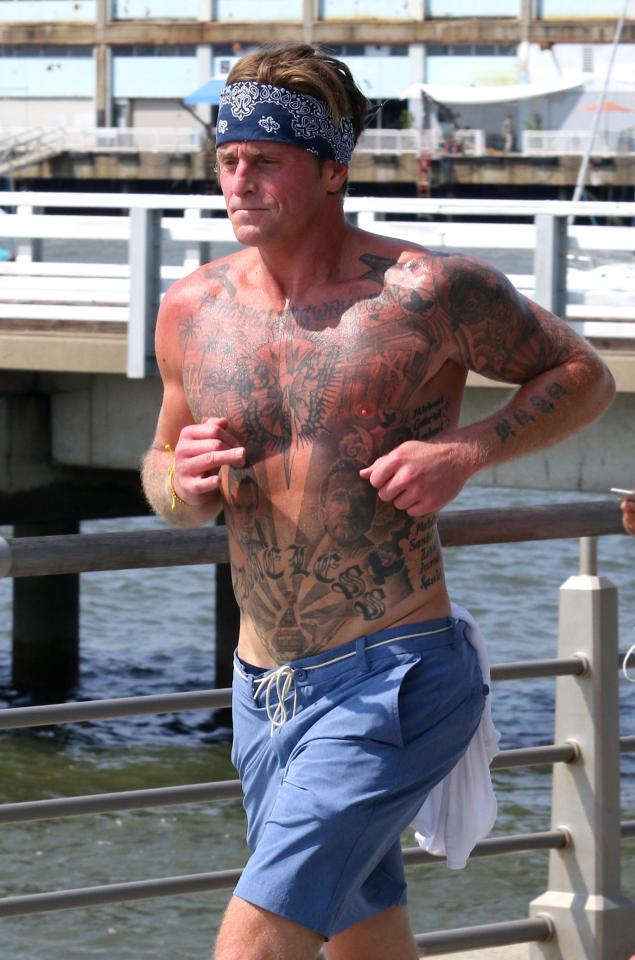 Cameron Douglas Son Of Michael Douglas Shows Off Tattoo Tributes