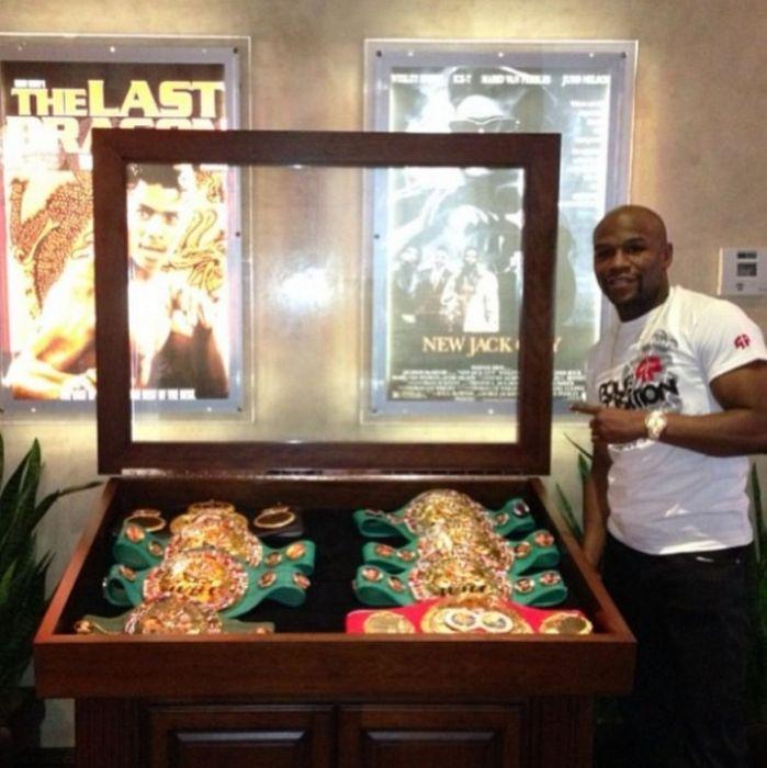 A Look Inside Floyd Mayweather's Massive Las Vegas Mansion