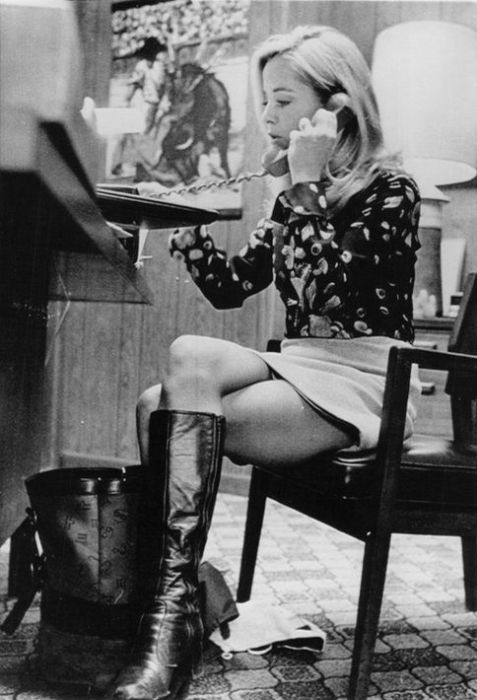 Mini Skirts In The 60S  Others-9087