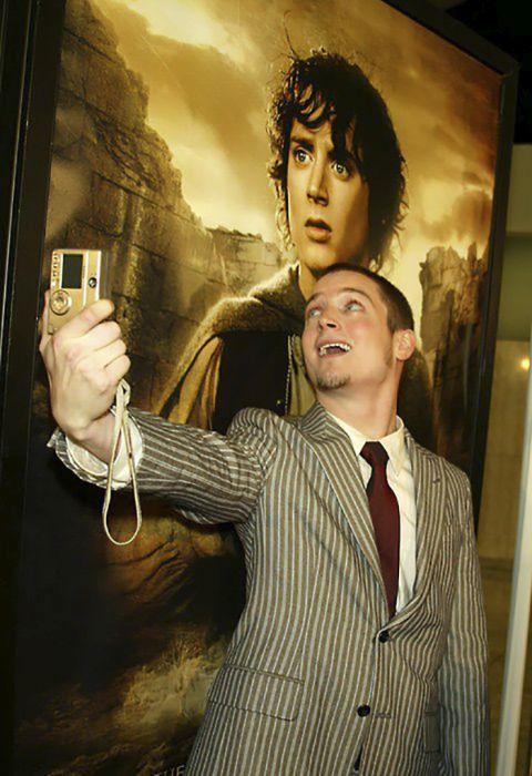 Funny Photos Of Elijah Wood