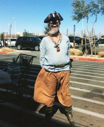 Funny And Strange People Of Walmart