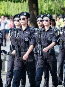 Army Girls Of China