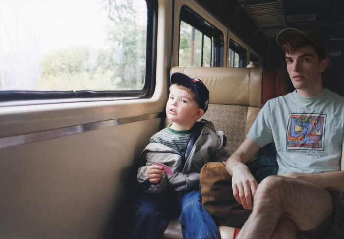 One Guy Photoshopped himself Into His Childhood Photos