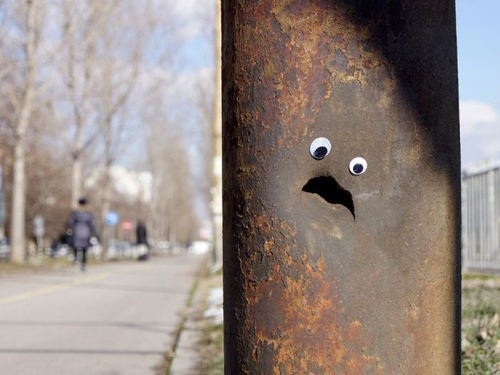 Bulgarian Artist Eyebombs City's Streets