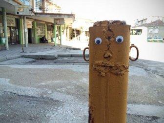 Bulgarian Artist Eyebombs City's Streets