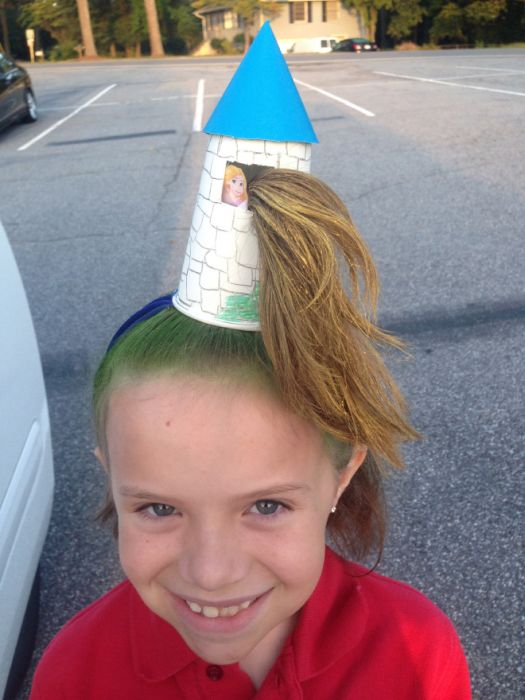 "The Best Hairdos From ""Crazy Hair Day"" at Schools"
