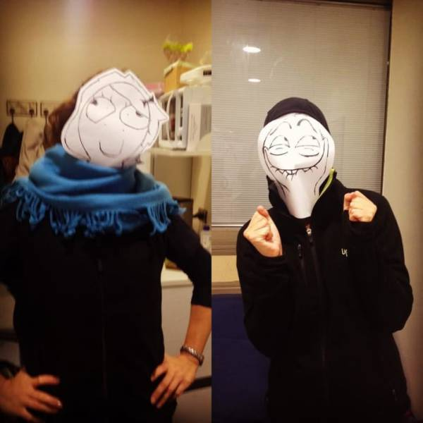 Very Simple But Crappy Halloween Costume Ideas