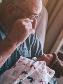 Kids Meet Their Grandparents For The First Time