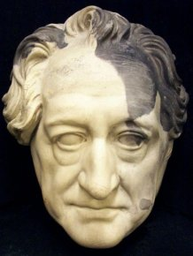Deaths Masks Of Historical Figures