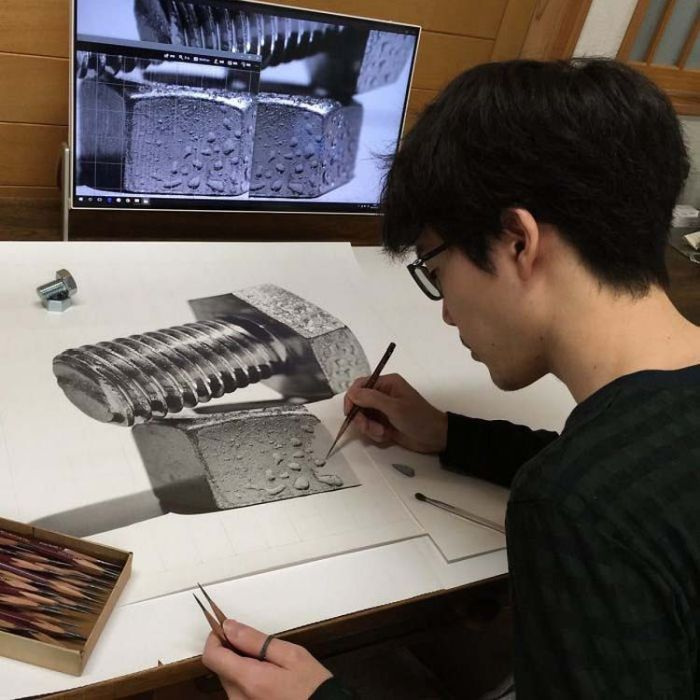 Realistic Pencil Drawings By A Japanese Artist