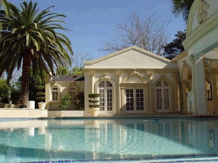 Robert Mugabe's Mansion