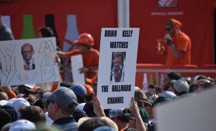 The Best College GameDay Signs, part 2