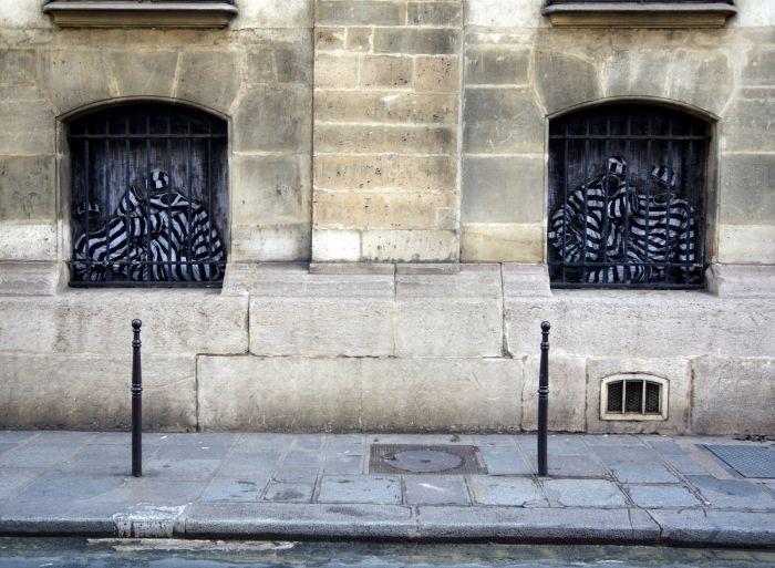 Street Art by Levalet