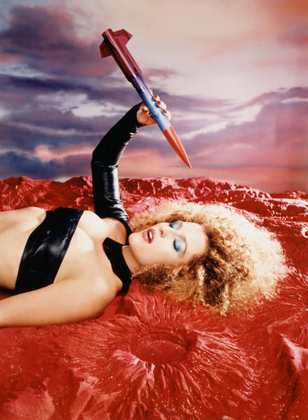 "This ""X-Files"" Photoshoot By David LaChapelle"