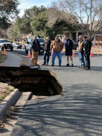Road Collapsed In Texas Revealing A Cave Beneath The Ground