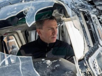 What Happened To Daniel Craig's Jaw