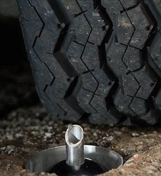 CatClaw Gives Cars Flat Tyres By Puncturing Them With A Sharp Steel Spike