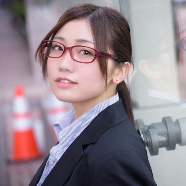 Cosplayer Yota Nakiri Before And After She Started Cosplaying