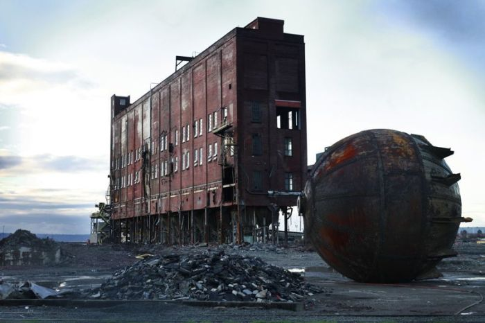 These Photos Look Post-Apocalyptic