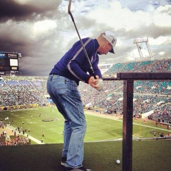 Funny And Interesting Pictures About Playing Golf