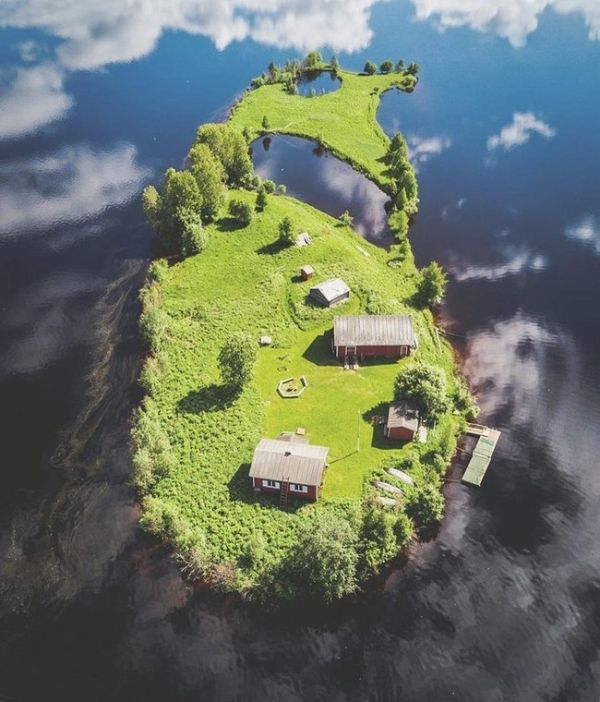 Four Seasons At The Island of Kotisaari, Finland