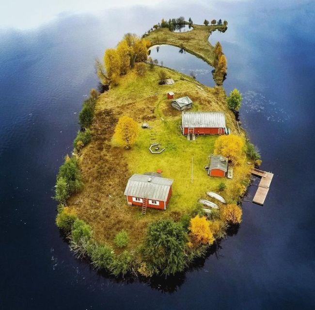 Four Seasons At The Island of Kotisaari, Finland