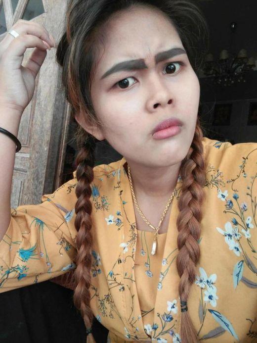 A Woman Left With Slug-Like Eyebrows After Botched Tattoo Job