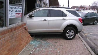 Teen Taking Driving Test Crashes Into Exam Station