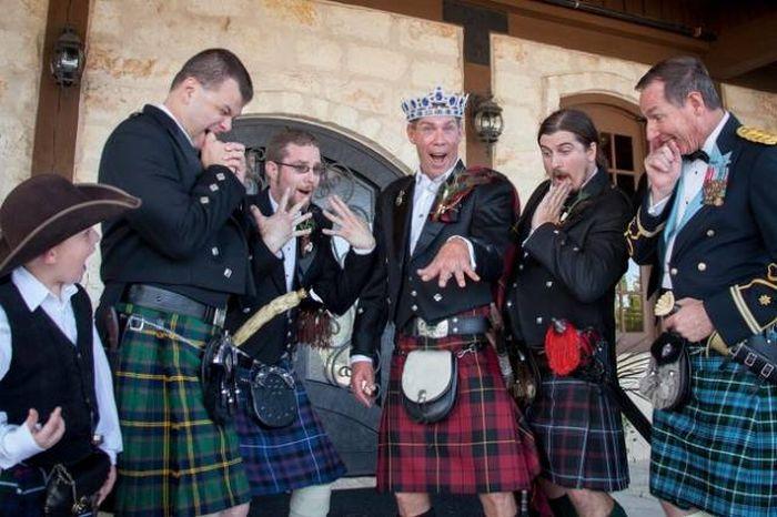 Funny And Unusual Wedding Photos