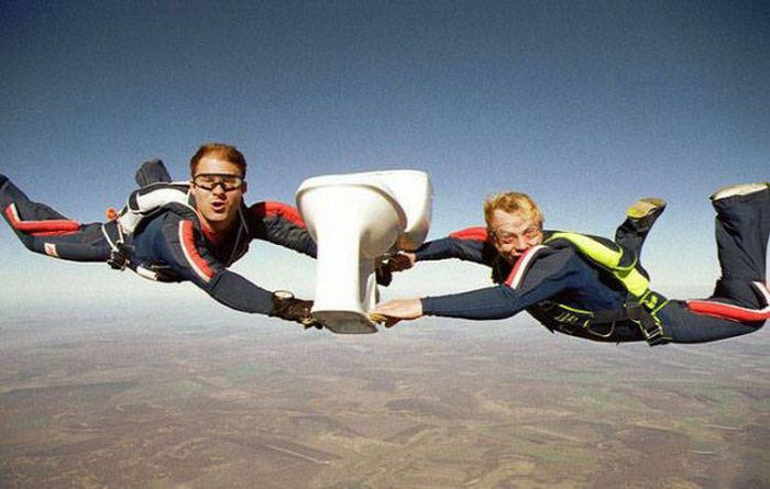 Funny Skydivers