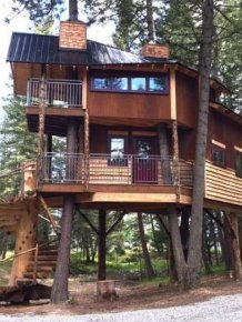 A Luxurious Treehouse