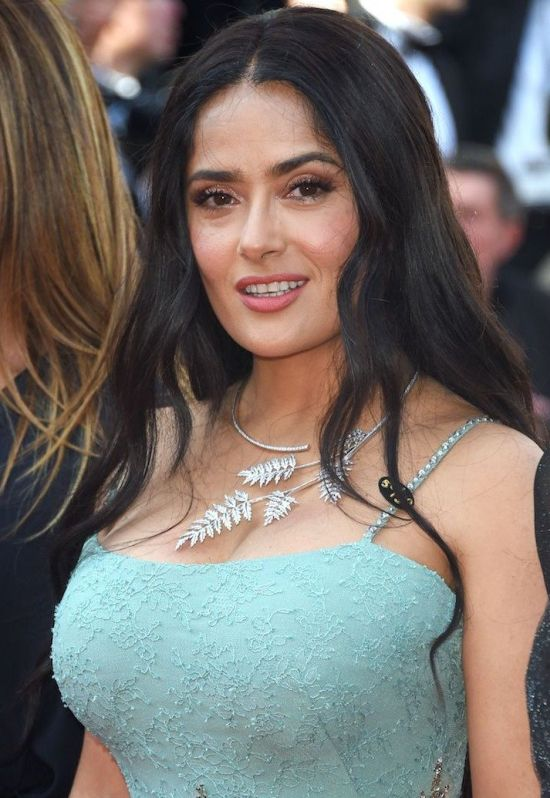 22-Year-Old Salma Hayek Vs 51-Year-Old Salma Hayek