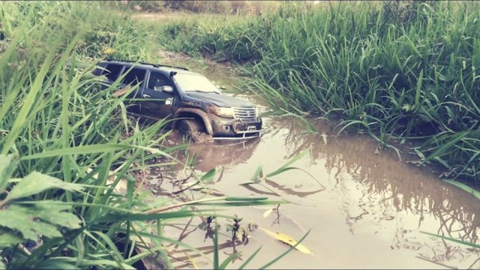 Awesome Toyota Land Cruiser 200 Model