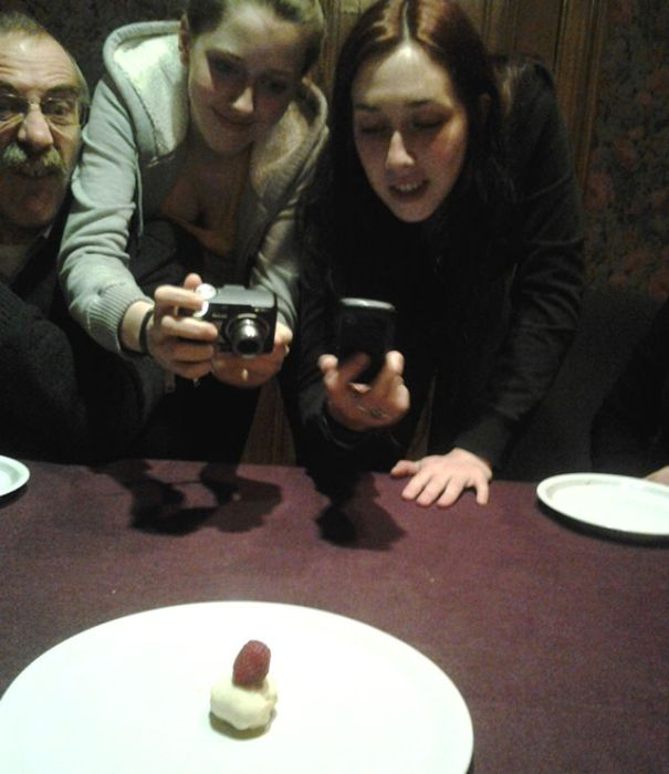 Photos Of People Taking Pictures Of Food