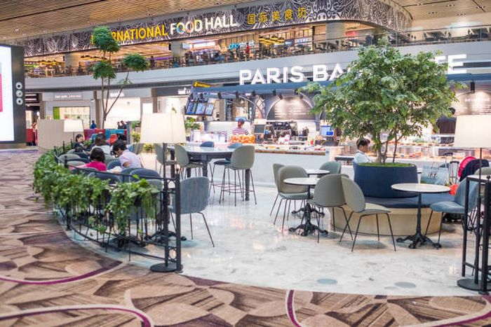 Singapore's Changi Airport Is An Amazing Place