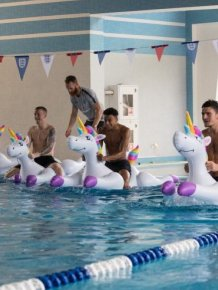 Weird Photos Of English National Football Team