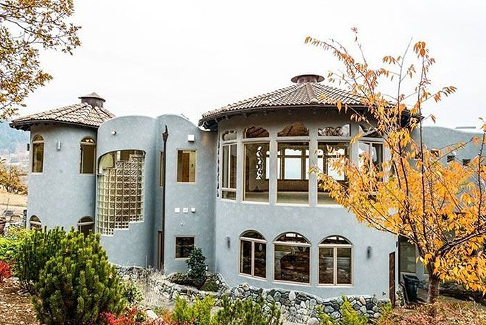 This House Costs $7,600,000, part 7600000