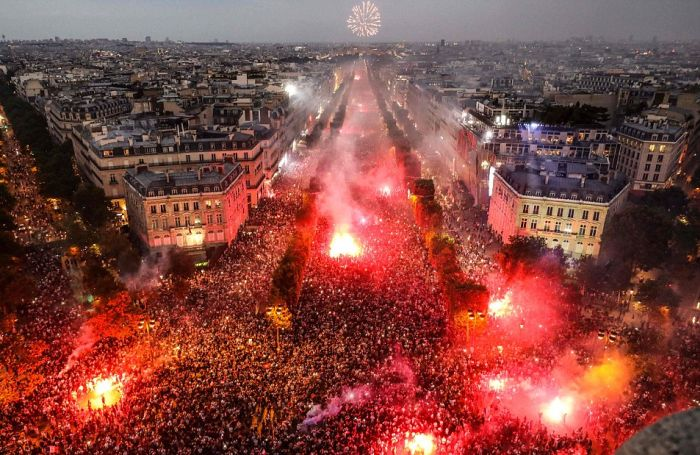 French Fans Start Riots After France Wins World Cup