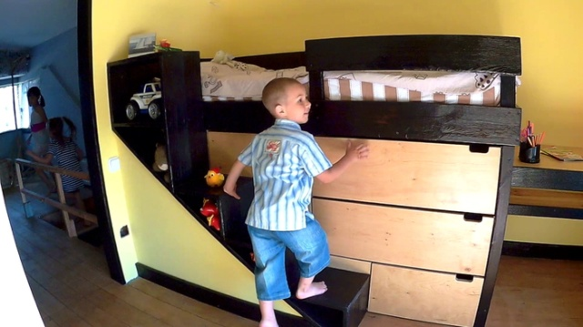 DIY Kid's Bed