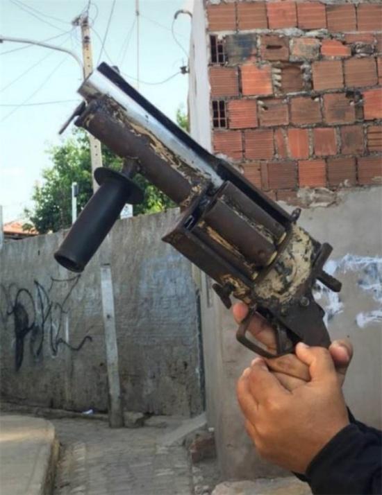 It's A Very Big Gun